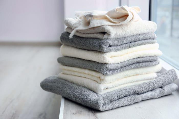 bath towels spread germs
